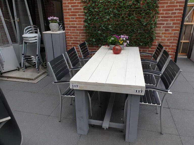 lange-zit-tafel